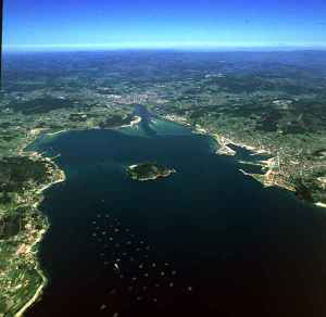 Ria-de-Pontevedra-isla-de-Tambo-y-desembocadura-del-rio-Lerez